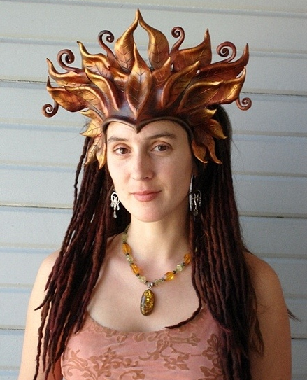 Large Leaf Crown